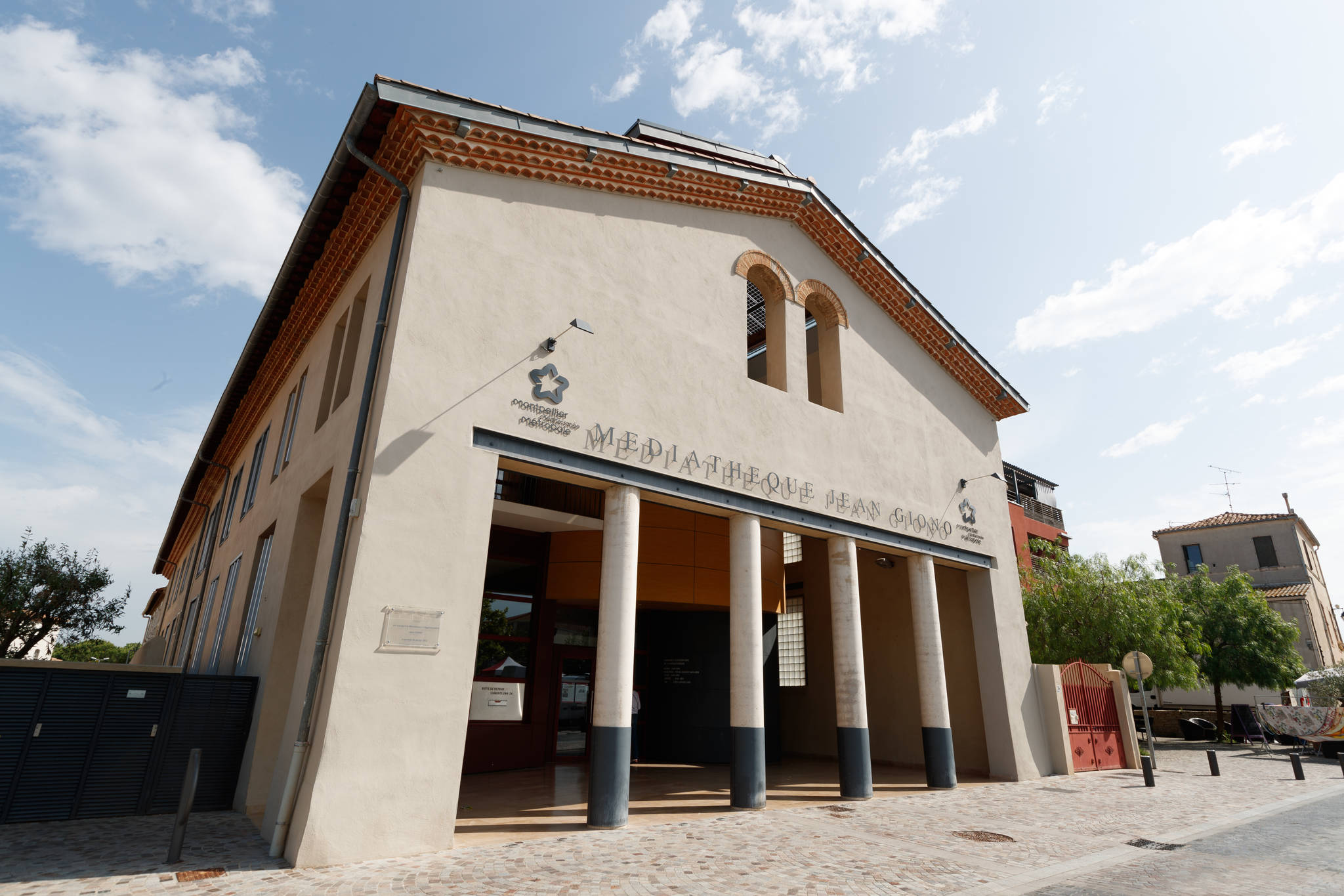 Fermeture de la Médiathèque Jean Giono à Pérols pour cause de COVID-19